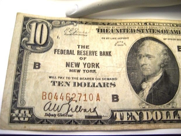 10 dollar Bill New York Federal Reserve