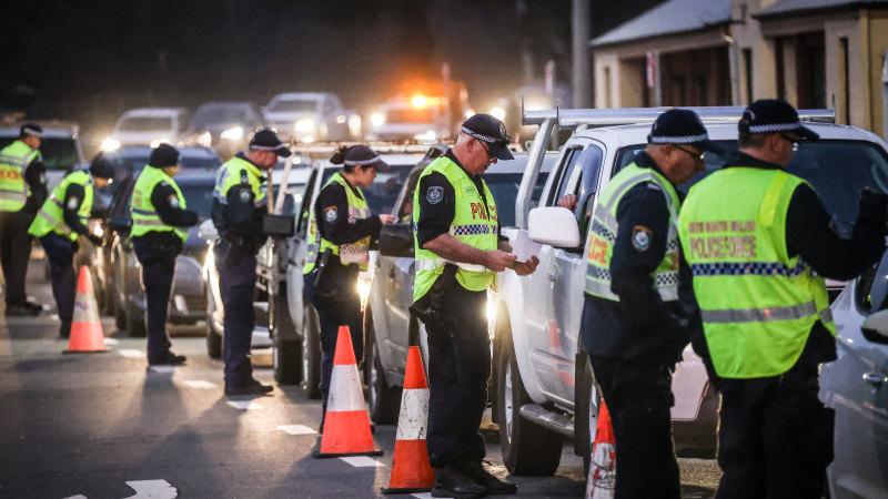 australia-police-state-masks
